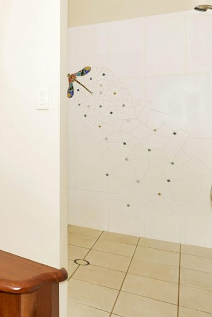 shower wall- dragonfly